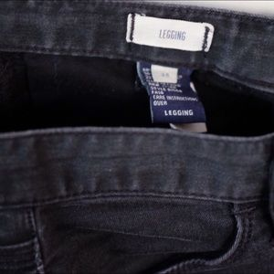 Madewell Jeans - Madewell Legging Jean Cyclone 25 (hole in knee)